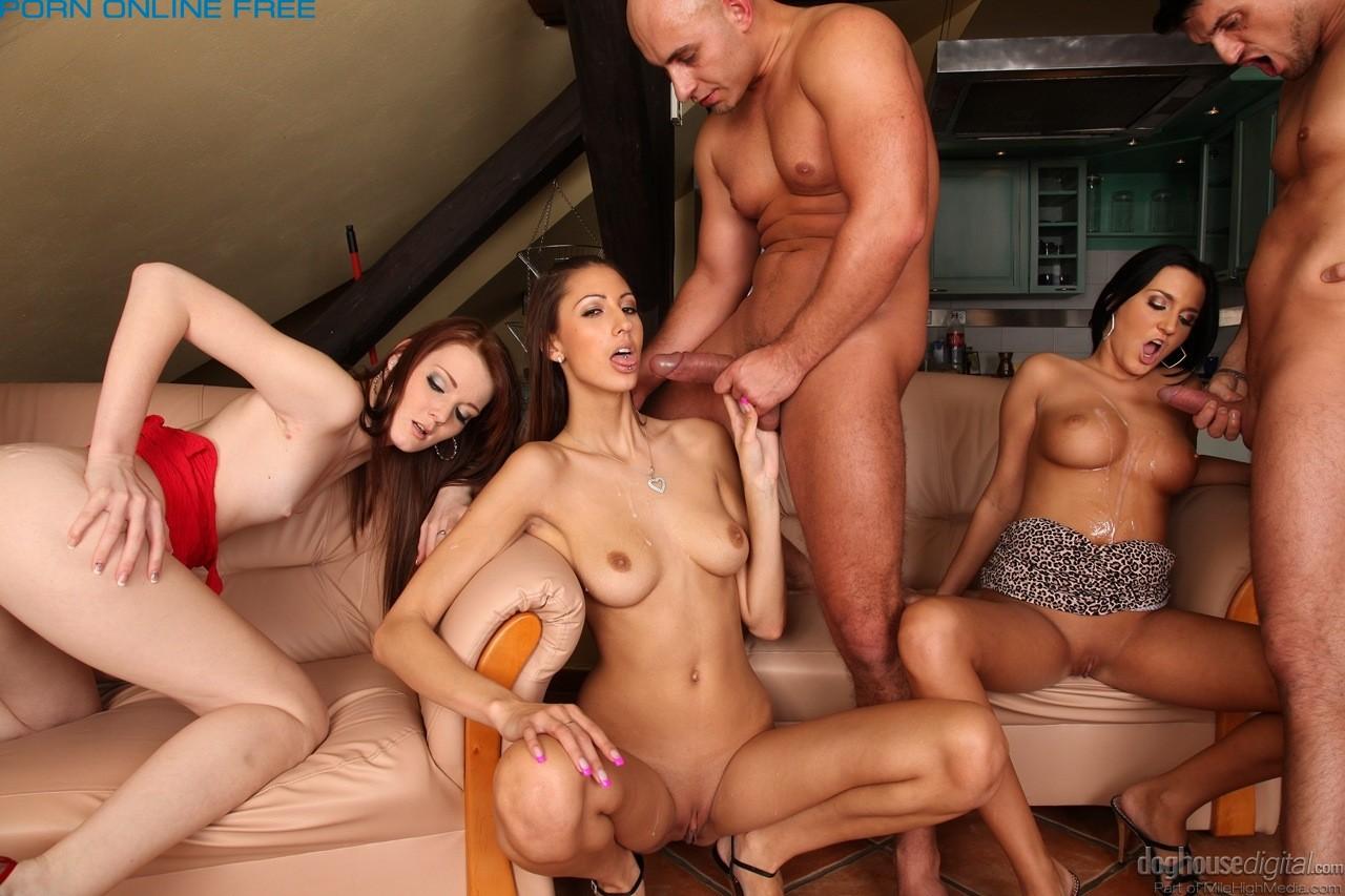 Сиськи порно онлайн 2011г